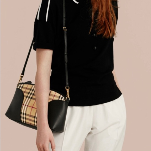 Burberry Handbags - Burberry Crossbody